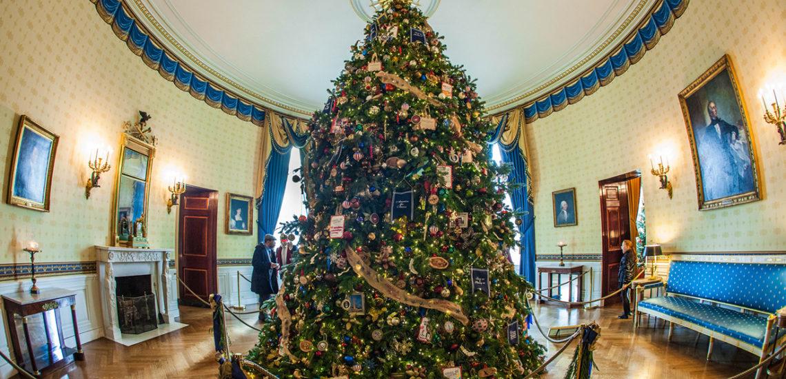Трамп украсила Белый дом