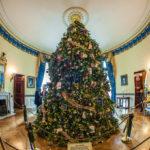 Мелания Трамп украсила Белый дом к Рождеству