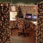 Самый креативный новогодний декор в офисах