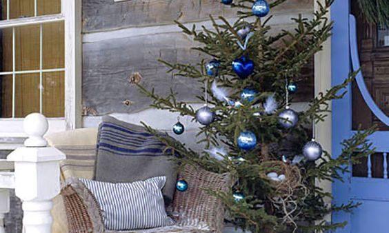 новогоднее украшение дома снаружи
