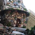 домик из природных материалов