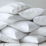 Где и как хранить одеяла и подушки?
