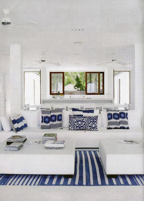 синий с белым в интерьере