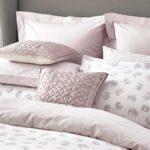 Зачем покупать наволочки на подушку, если они уже входят в комплект постельного белья?