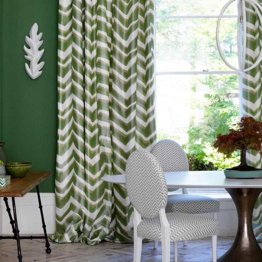 Сочная зелень в интерьере столовой