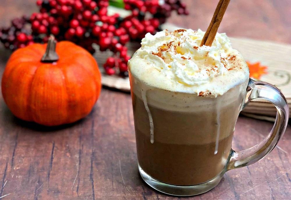 Ароматный напиток для осени — тыквенное латте, рецепт