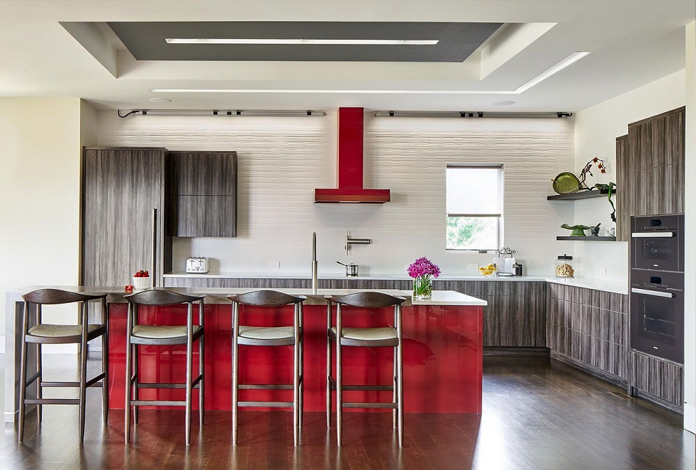 Оформление кухни в красном цвете