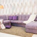 Какие шторы подобрать к дивану?
