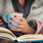А вы уже выбрали, какую книгу почитать зимним вечером?