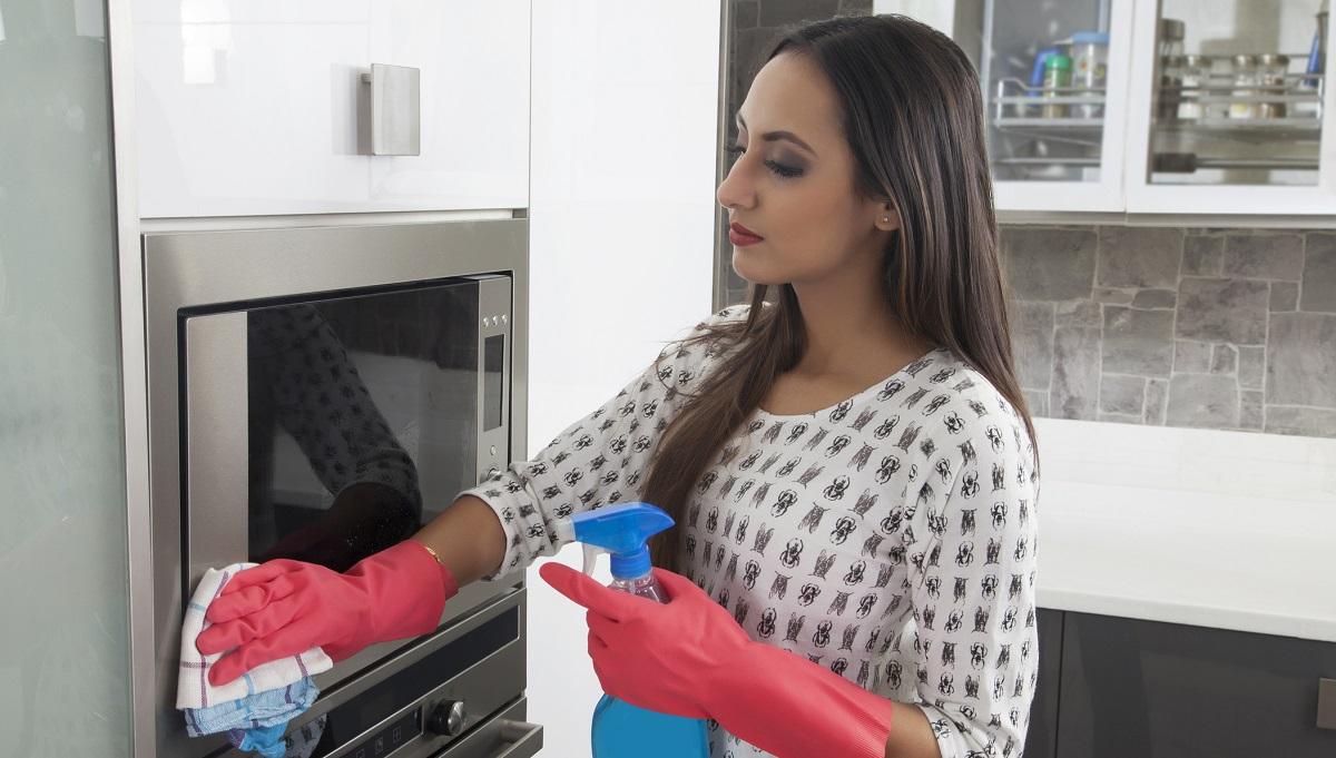 Как чистить духовой шкаф бош