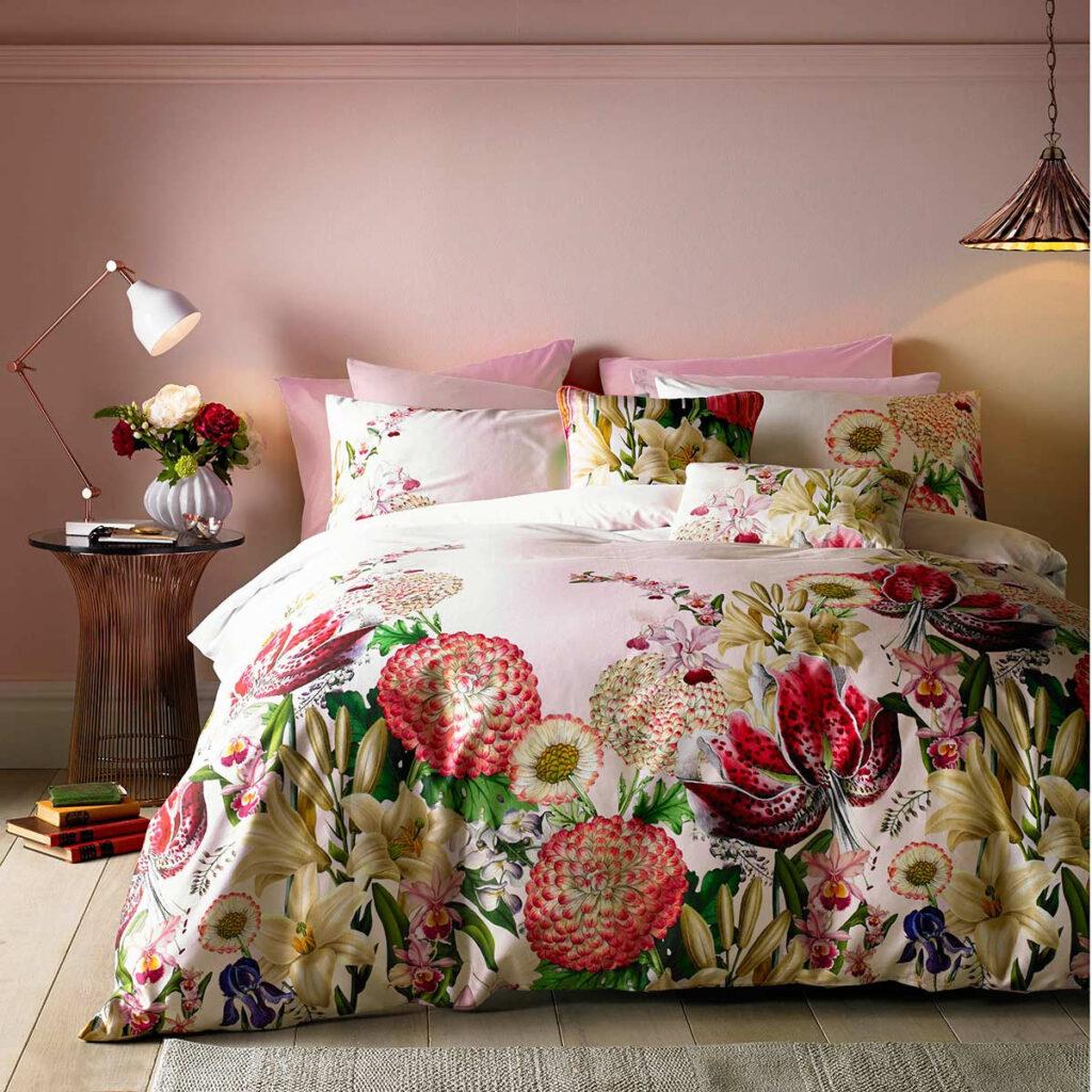 Постельное белье с цветочным принтом