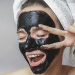 5 действенных рецептов масок из активированного угля от наших читателей!