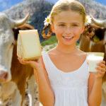 Вегетарианцы, вы знаете, что в сырах используют  желудки новорожденных телят?