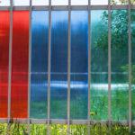 Прозрачный дачный: забор из поликаброната — от бюджетного до элитного