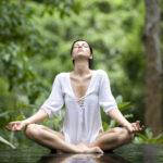 5 медитативных техник, которые помогут отвлечься от быта и проблем на работе