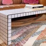 Стол, облицованный плиткой, — новый хит в дизайне интерьера