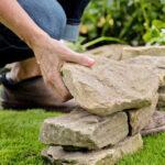 Как использовать камни в ландшафтном дизайне: 7 вариантов, которые стоит попробовать