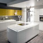 Глянцевые или матовые фасады для кухни – что лучше? История из личного опыта