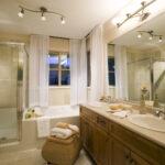 10 идей для крепления занавесок и перегородок в ванной комнате