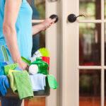 Как поддерживать чистоту в квартире, когда вы переехали на дачу?