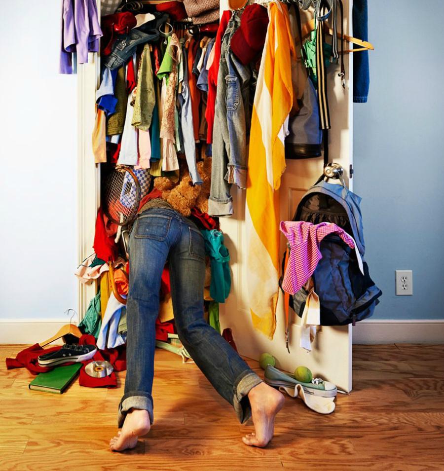 беспорядок в шкафу
