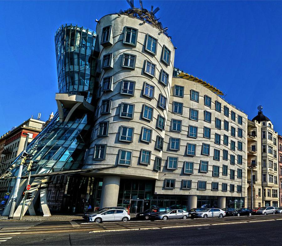 самые необычные здания