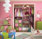 Одна спальня для родителей и малыша: как зонировать комнату