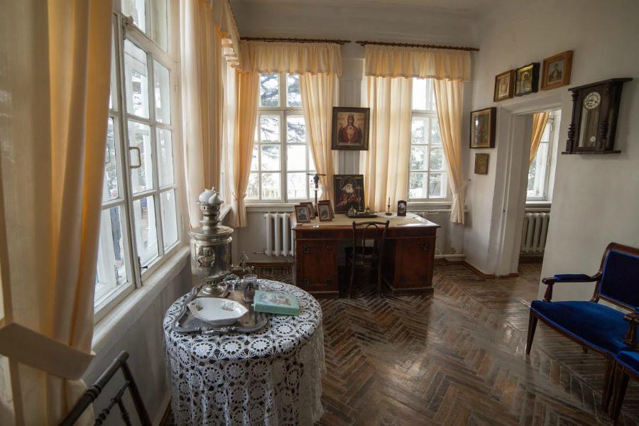 дом-музей писателя Ивана Шмелева в Алуште