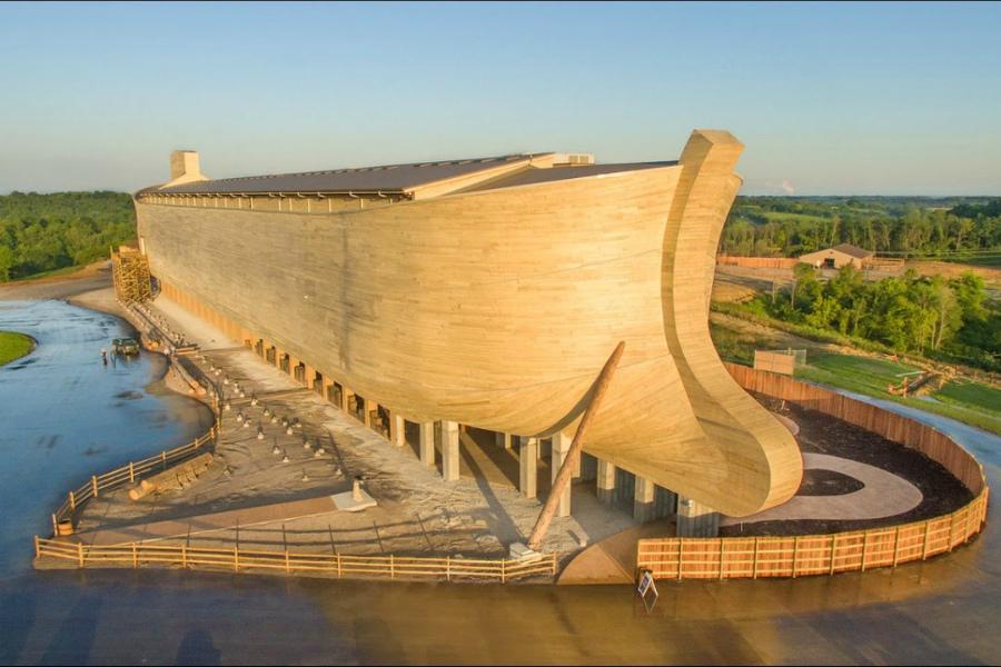голландский конструктор построил Ноев ковчег