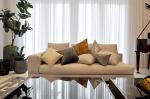 Как декоративные подушки оживляют интерьер: 5 беспроигрышных вариантов