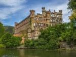 Здания-призраки: мистическая красота разрушающихся дворцов