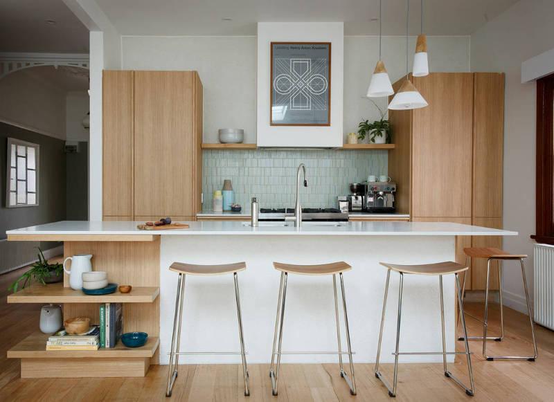 Как оформить маленькую кухню: 15 идей от дизайнеров