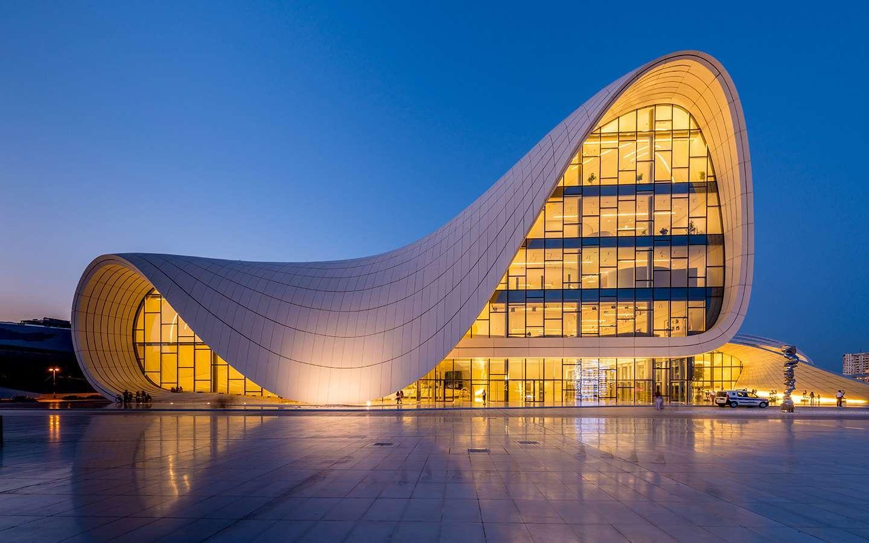 здание в Баку