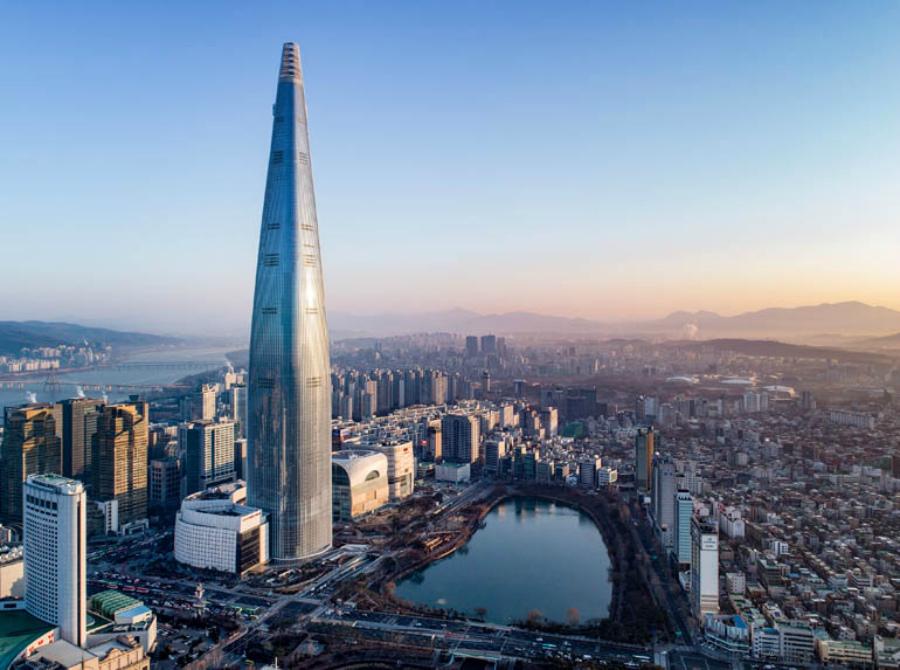 Lotte World Tower в Сеуле