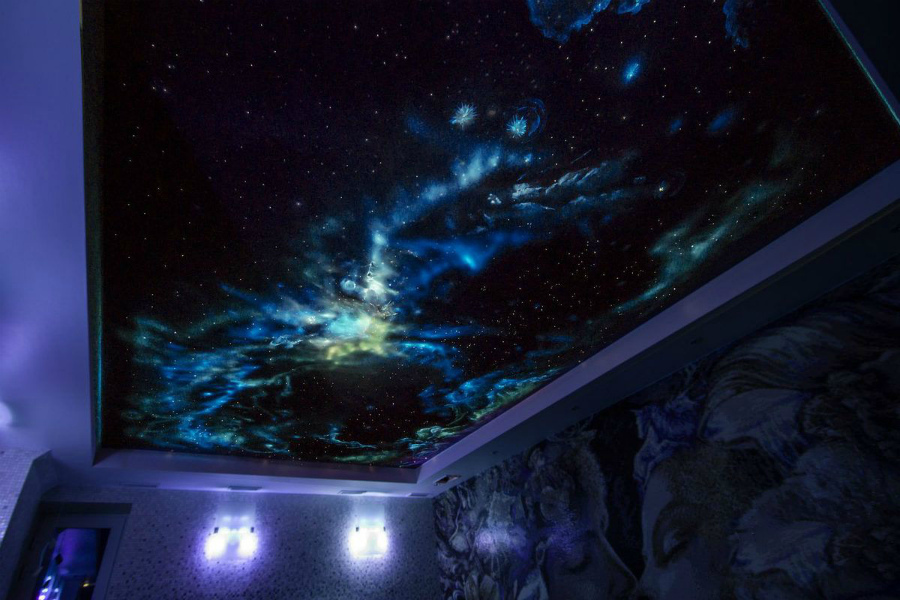 потолок в стиле космос