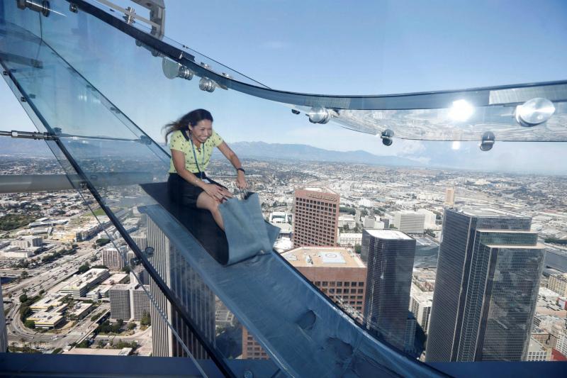 опасные сооружения для акрофобов — Башня Банка США, Лос-Анджелес, США