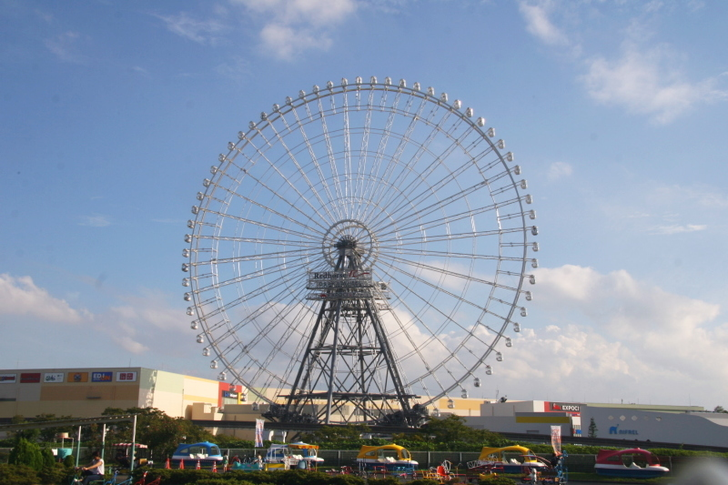 Колесо обозрения «Redhorse Osaka Wheel», Суйта, Япония