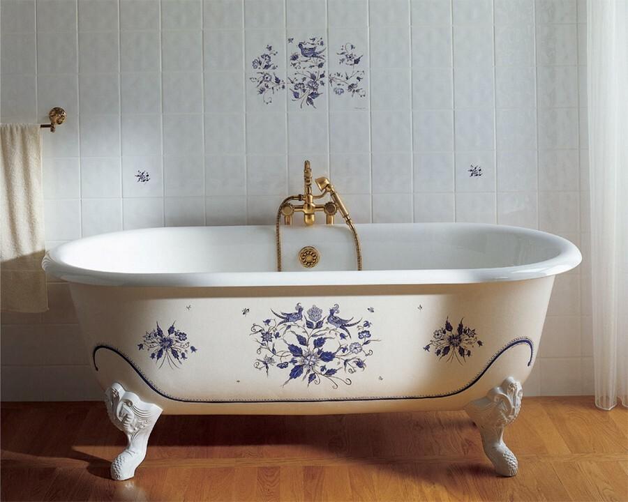 ванна на лапках
