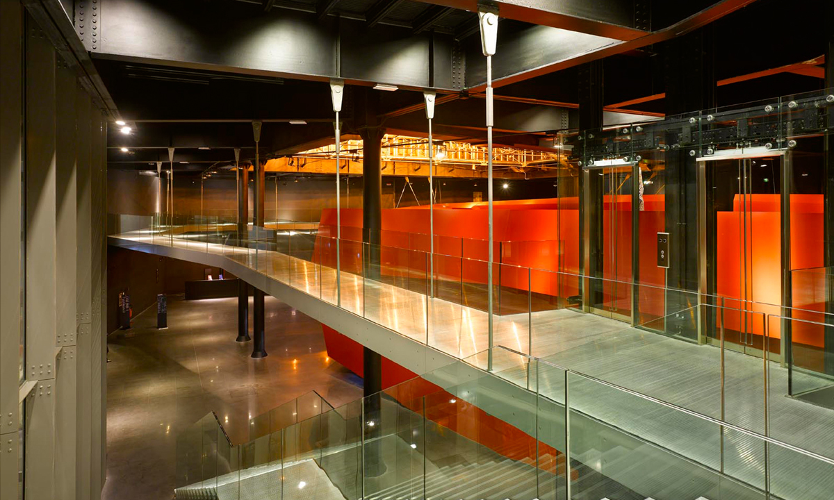 интерьер Музея современного искусства MACRO в Риме, автор проект — Одиль Декка
