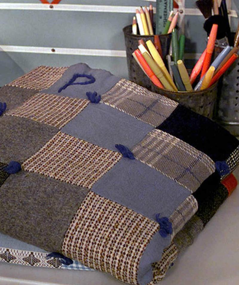 Как сделать красивый плед из старых свитеров? Мастер-класс