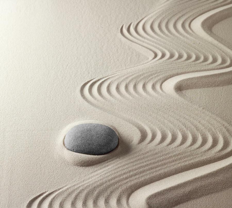 сад камней с песком